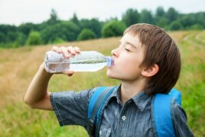 Top 10 Best Water Bottles for School: 2018 Guide & Reviews